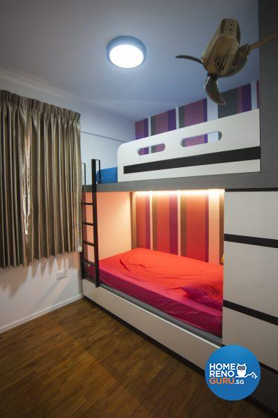 A pull-out bed slides neatly under the lower bunk in the girls' room