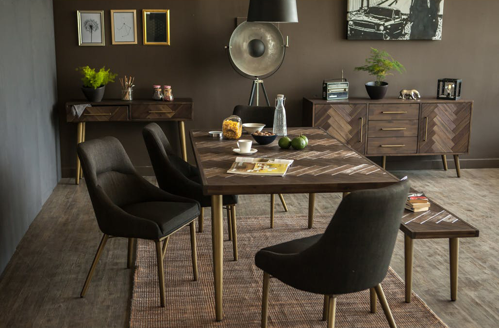 HipVan - Cadencia Dining Table