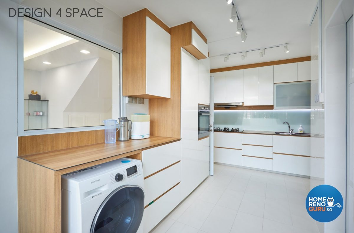 Kitchen in a 4 room HDB executive apartment designed by Design 4 Space
