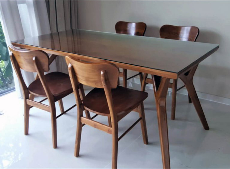 Wihardja Delaynie Teak Dining Table Lite