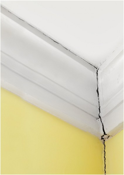 ceiling-cracks