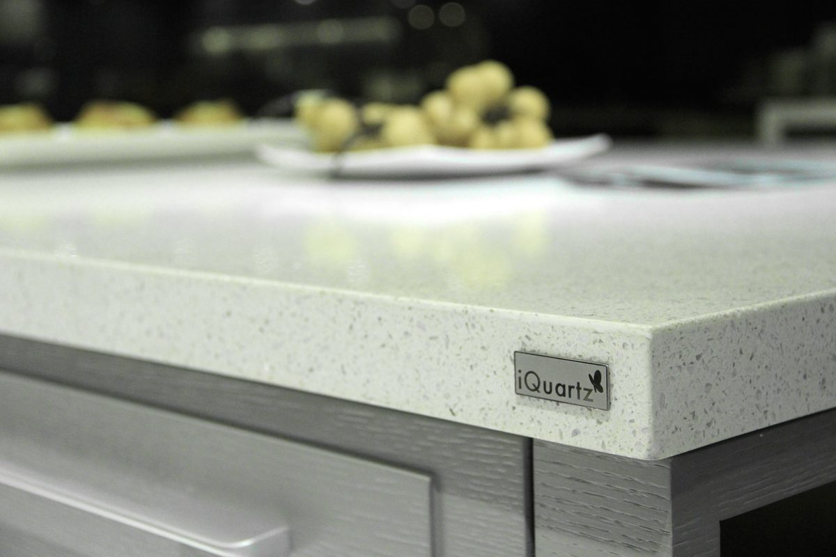 Quartz kitchen countertop by iQuartz