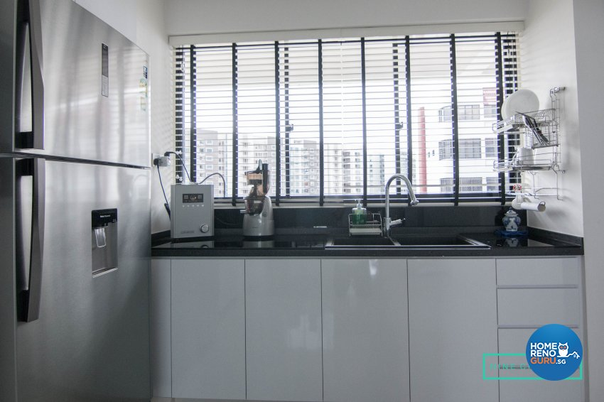 Modern Design - Kitchen - Condominium - Design by 9 Creation Pte Ltd