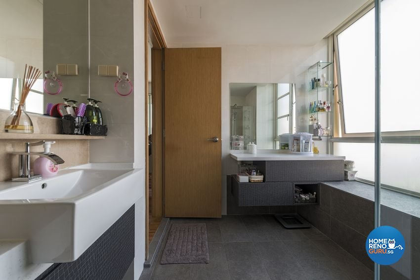 Contemporary, Modern Design - Bathroom - Condominium - Design by 9 Creation Pte Ltd