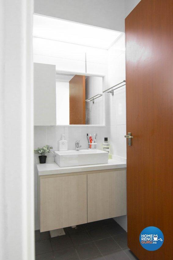 Modern Design - Bathroom - HDB 5 Room - Design by 9 Creation Pte Ltd