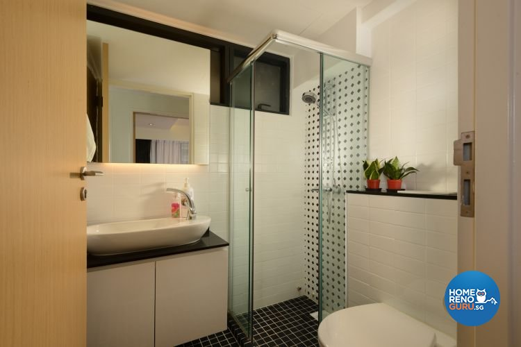Minimalist, Modern Design - Bathroom - HDB Executive Apartment - Design by 96 Degree Designers