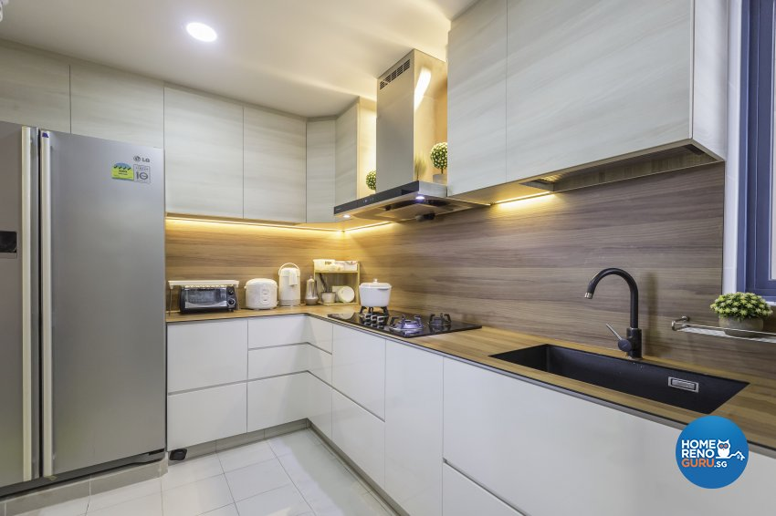 Modern Design - Kitchen - Condominium - Design by 96 Degree Designers