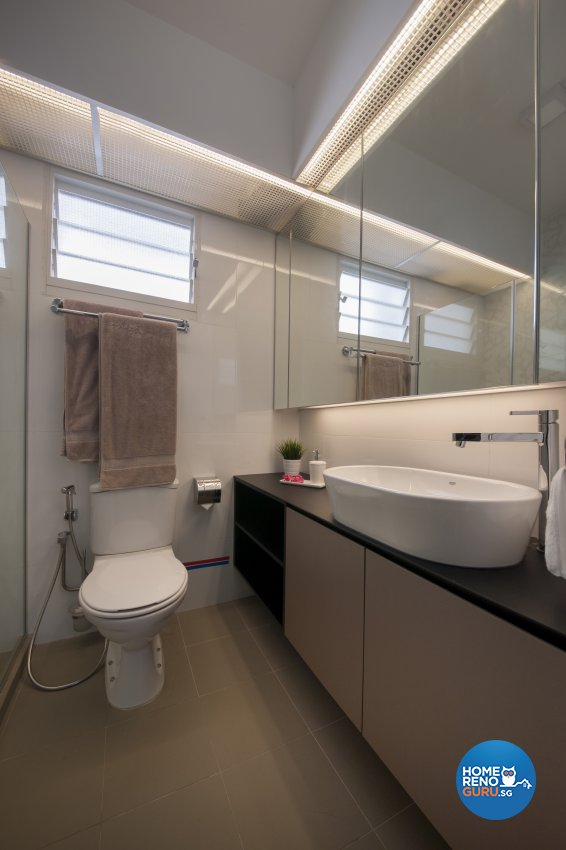 Eclectic Design - Bathroom - HDB 5 Room - Design by Aartboxx Interior