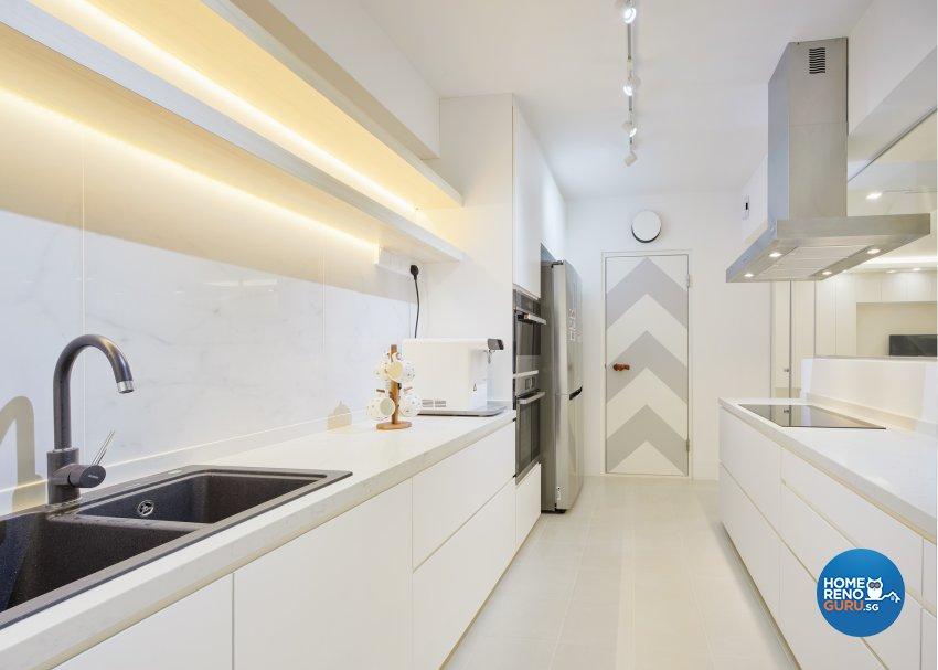 Modern Design - Kitchen - HDB 5 Room - Design by Absolook Interior Design Pte Ltd