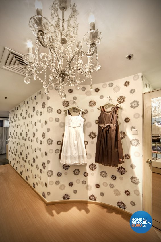 Contemporary Design - Commercial - Retail - Design by Artrend Design