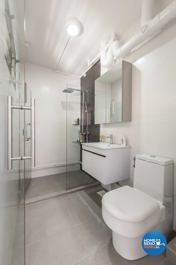 Modern Design - Bathroom - HDB 5 Room - Design by ARTS 2 DESIGN STUDIO PTE LTD