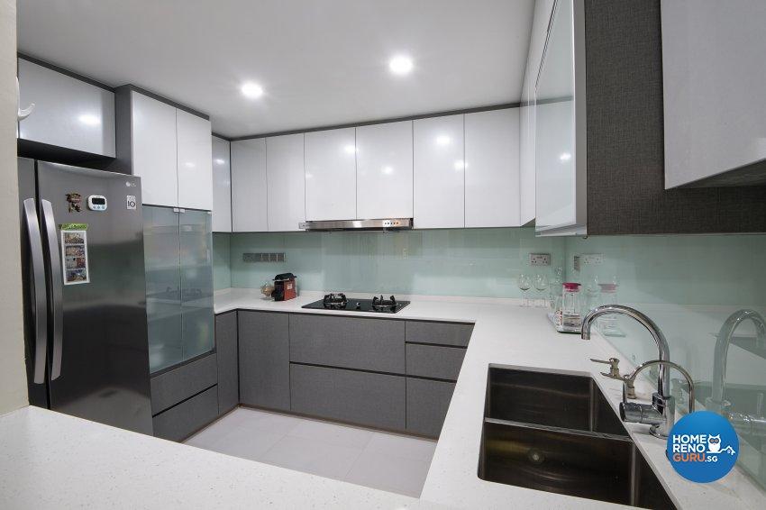 Contemporary, Modern Design - Kitchen - Condominium - Design by Arts Advance Pte Ltd