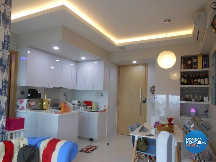 Tropical Design - Kitchen - Condominium - Design by BuiltSpacez Design Pte Ltd
