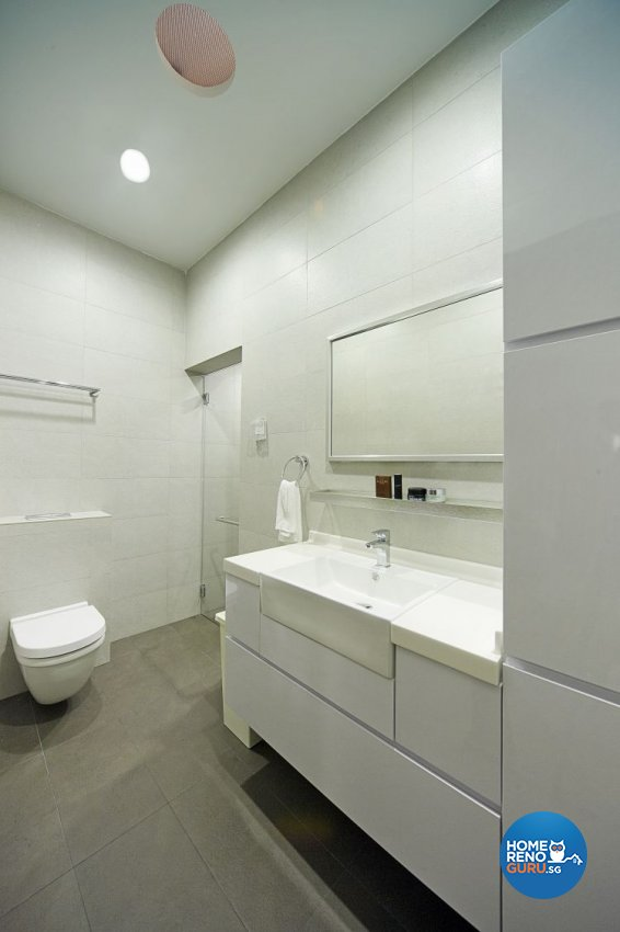 Contemporary, Modern Design - Bathroom - Landed House - Design by Carpenters 匠
