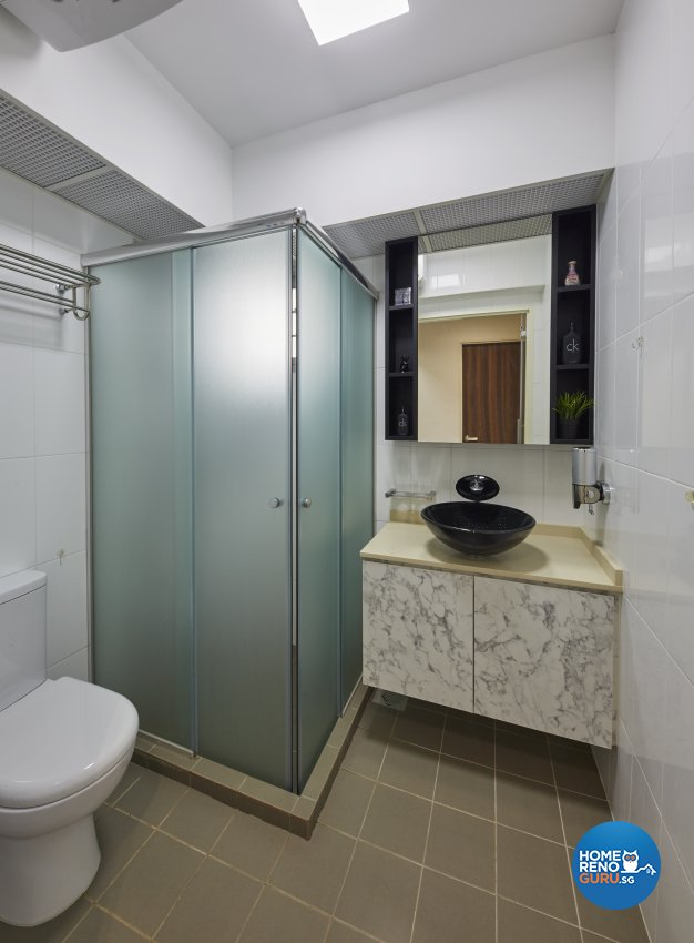Modern Design - Bathroom - HDB 5 Room - Design by Carpenters 匠