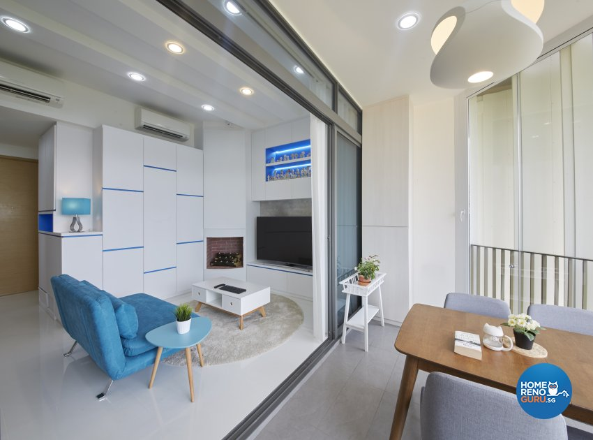 Country, Modern Design - Balcony - Condominium - Design by Carpenters 匠