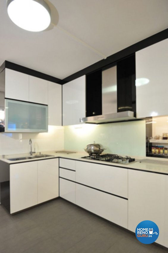 Contemporary, Modern Design - Kitchen - HDB Executive Apartment - Design by Crescendo Interior & Lifestyle Pte Ltd