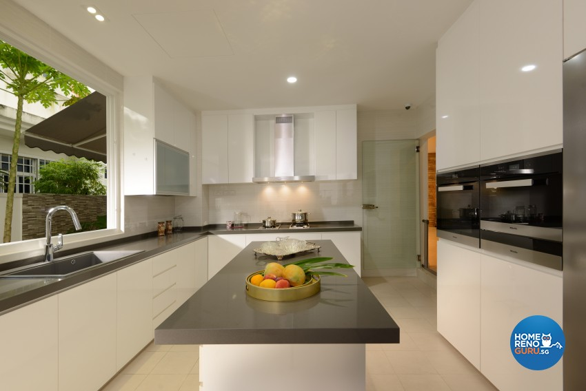 Resort Design - Kitchen - Landed House - Design by Darwin Interior