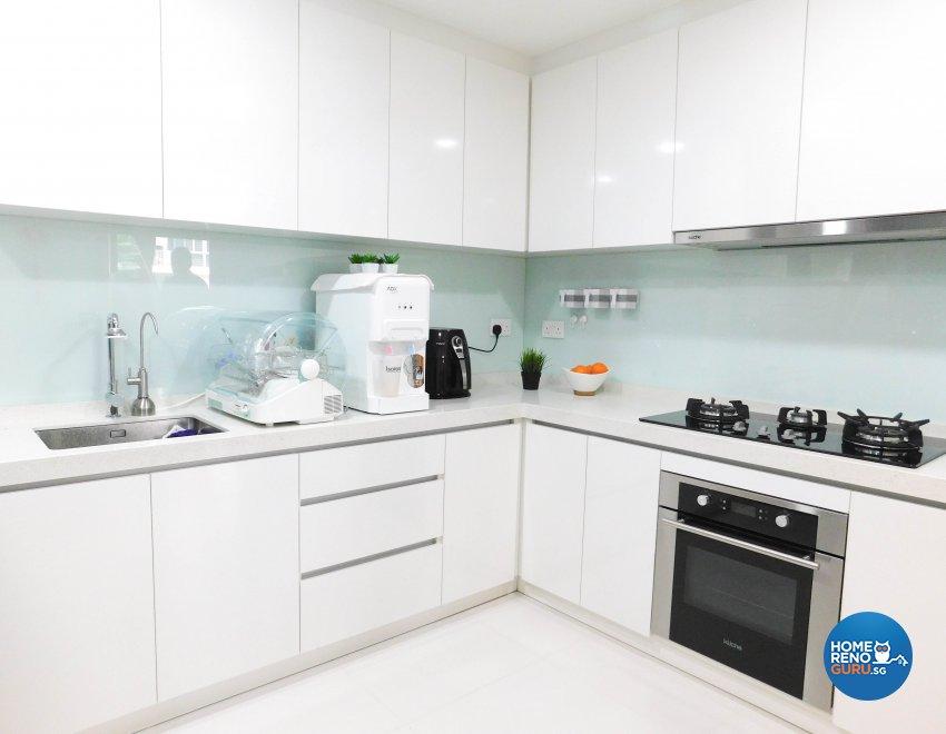 Contemporary, Modern Design - Kitchen - Condominium - Design by DB Studio Pte Ltd