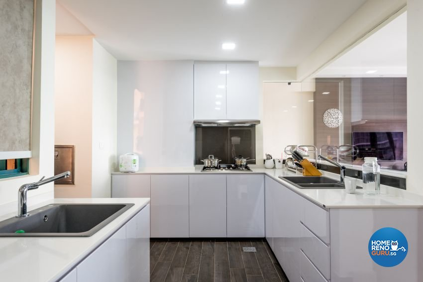 Contemporary Design - Kitchen - Condominium - Design by DB Studio Pte Ltd