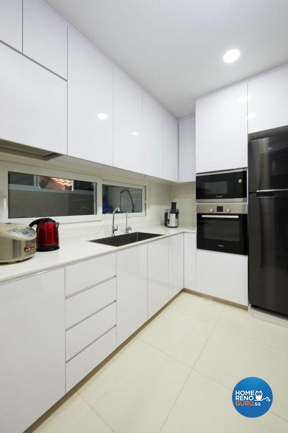 Contemporary, Modern Design - Kitchen - Landed House - Design by DC Vision Design Pte Ltd