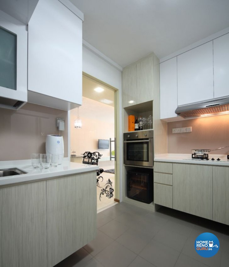 Contemporary, Modern Design - Kitchen - Others - Design by De Exclusive Interior Group Pte Ltd