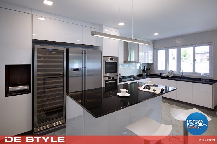 Modern Design - Kitchen - Landed House - Design by De Style Interior Pte Ltd