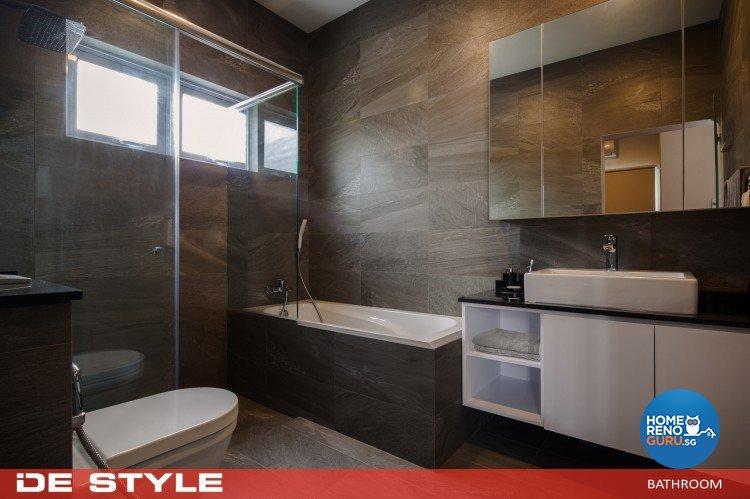 Modern Design - Bathroom - Landed House - Design by De Style Interior Pte Ltd