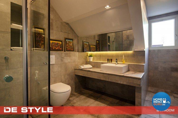 Minimalist Design - Bathroom - Landed House - Design by De Style Interior Pte Ltd