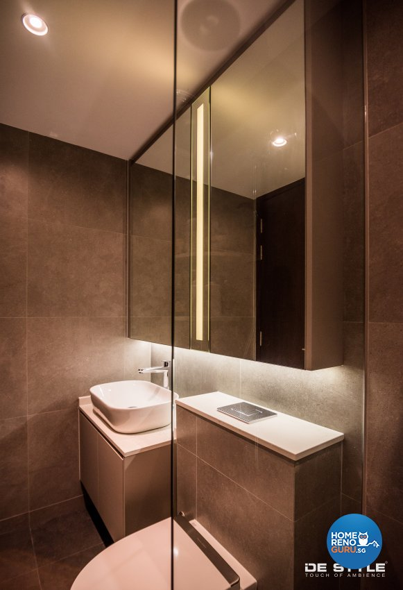 Minimalist, Modern Design - Bathroom - Condominium - Design by De Style Interior Pte Ltd