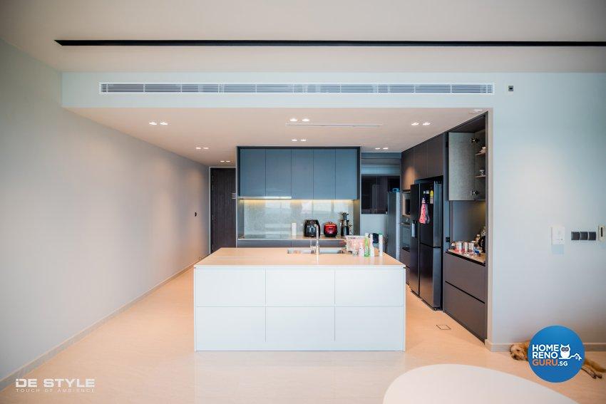 Minimalist, Modern Design - Kitchen - Condominium - Design by De Style Interior Pte Ltd