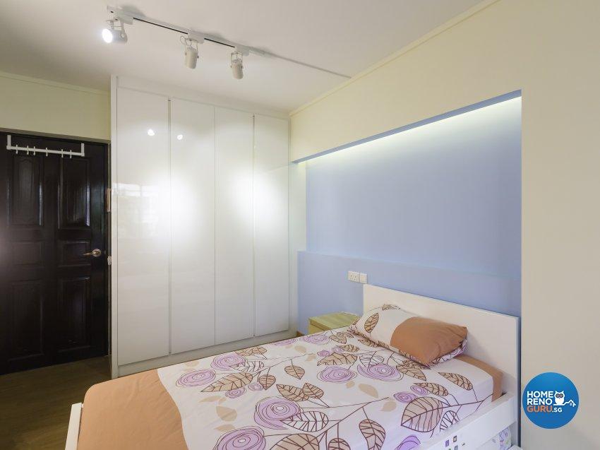 Contemporary Design - Bedroom - HDB 5 Room - Design by Des & Co Interior Pte Ltd