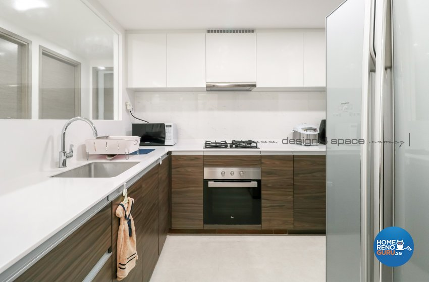 Contemporary, Modern Design - Kitchen - Condominium - Design by Design 4 Space Pte Ltd