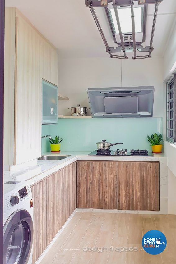 Contemporary, Modern Design - Kitchen - HDB 5 Room - Design by Design 4 Space Pte Ltd