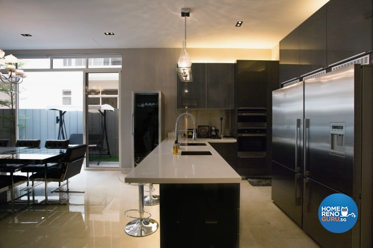 Classical, Contemporary, Modern Design - Kitchen - Landed House - Design by Designscale Pte Ltd