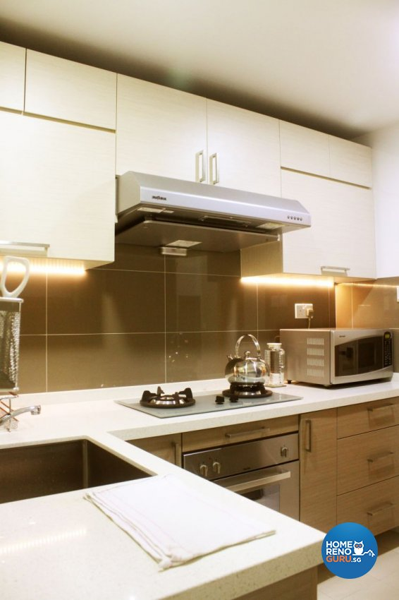 Contemporary, Modern Design - Kitchen - Condominium - Design by D'esprit Interiors Pte Ltd