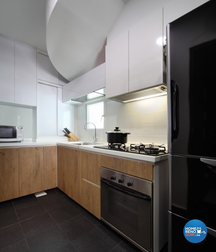 Country Design - Kitchen - Condominium - Design by Distinctidentity Pte Ltd