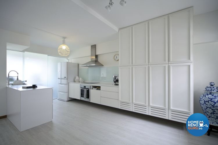 Minimalist Design - Kitchen - HDB Executive Apartment - Design by Distinctidentity Pte Ltd
