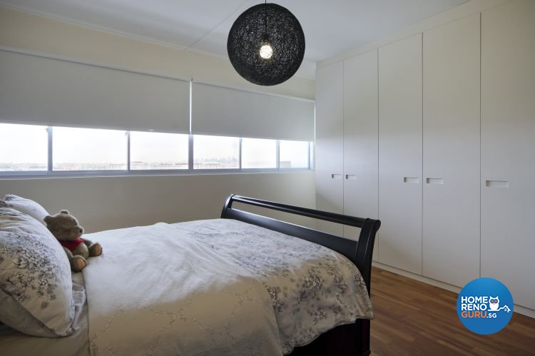 Minimalist Design - Bedroom - HDB Executive Apartment - Design by Distinctidentity Pte Ltd