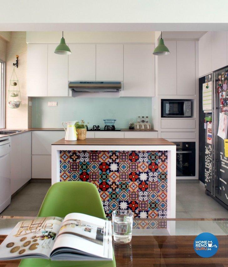 Contemporary Design - Kitchen - Condominium - Design by Distinctidentity Pte Ltd