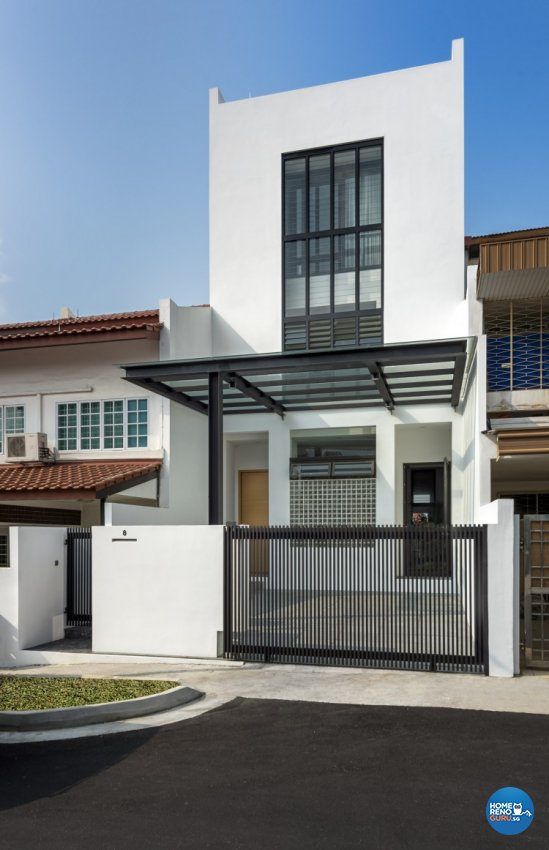 Contemporary Design - Balcony - Landed House - Design by Distinctidentity Pte Ltd
