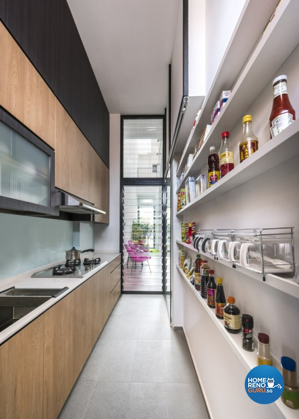Contemporary Design - Kitchen - Landed House - Design by Distinctidentity Pte Ltd