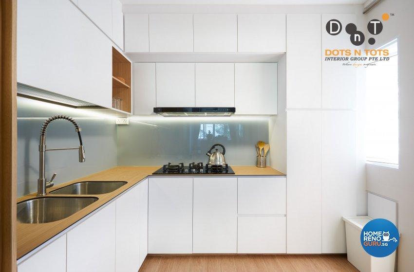 Minimalist Design - Kitchen - HDB 5 Room - Design by Dots n Tots Interior Pte Ltd