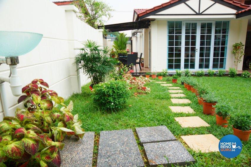 Contemporary, Minimalist Design - Garden - Landed House - Design by Dreamvision Designer Pte Ltd