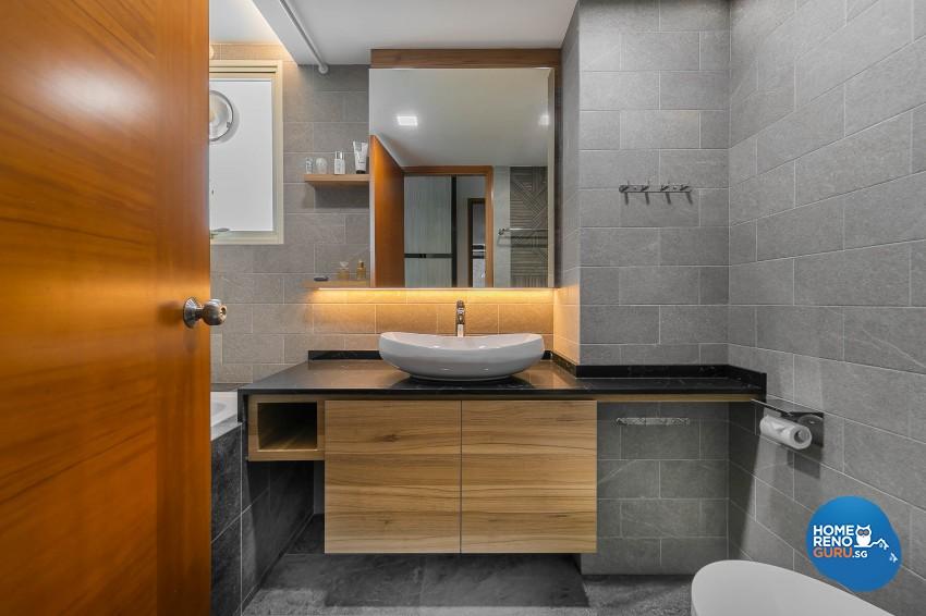 Modern Design - Bathroom - Condominium - Design by Dreamvision Designer Pte Ltd