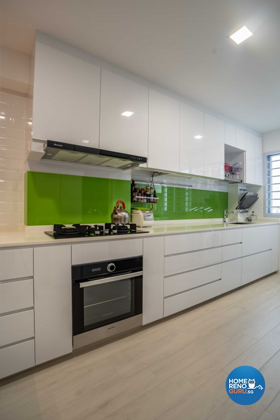Modern Design - Kitchen - HDB 5 Room - Design by Dreamvision Designer Pte Ltd