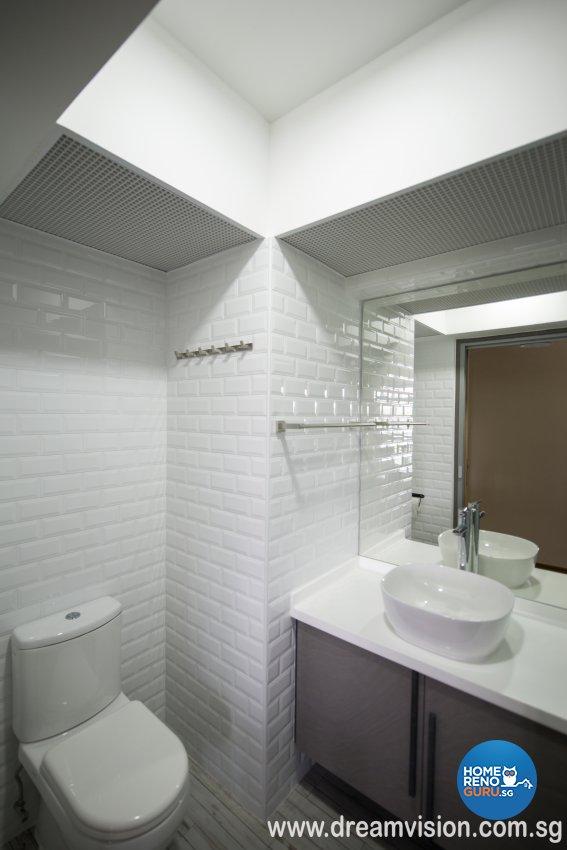 Classical, Modern, Scandinavian Design - Bathroom - Condominium - Design by Dreamvision Designer Pte Ltd