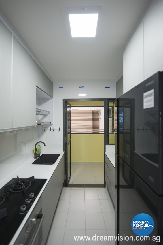 Classical, Modern, Scandinavian Design - Kitchen - Condominium - Design by Dreamvision Designer Pte Ltd