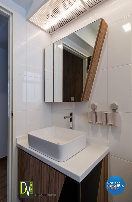 Contemporary Design - Bathroom - HDB 4 Room - Design by Dreamvision Designer Pte Ltd