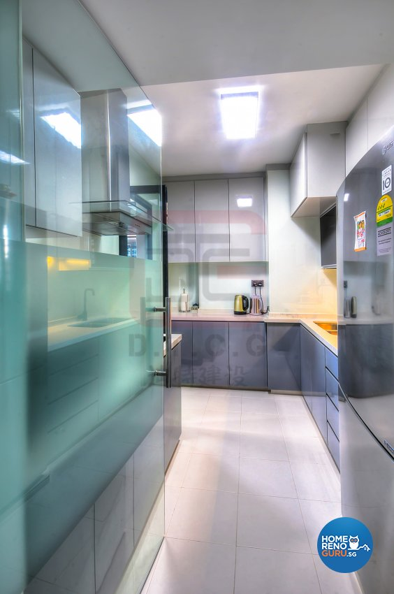Minimalist, Modern Design - Kitchen - HDB 4 Room - Design by DT construction group Pte ltd